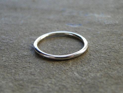 Round Stacking Ring