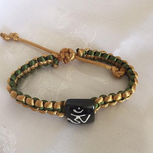 Knoted Healing bracelet - Tibetan OM
