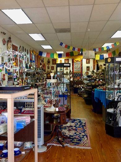 Dechen Collection store
