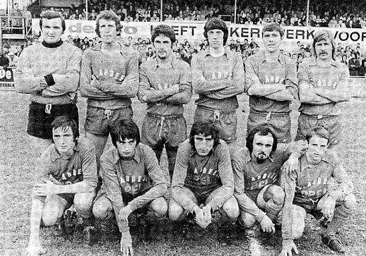 1974-1975  3e klasse met Herman Van Hols
