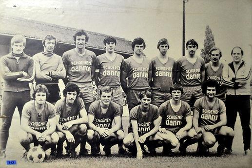 1976-1977  Bevordering.JPG