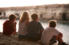 contemplating-4273865_640.jpg