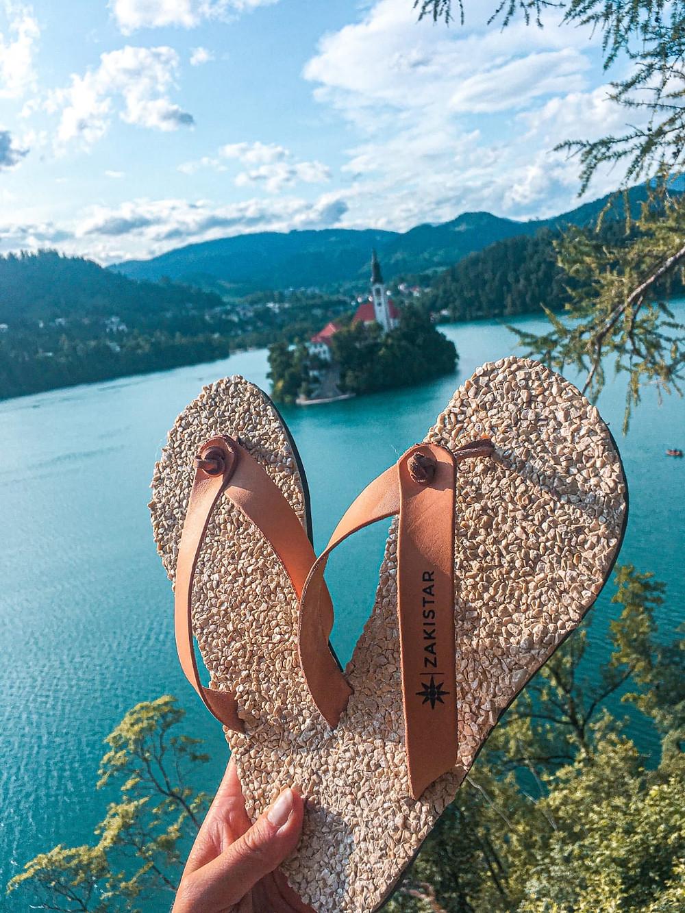 Zakistar: healthy flip-flops, walking barefoot effect