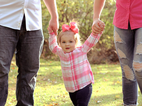 6 TIPS TO SURVIVING A FAMILY PHOTOSHOOT