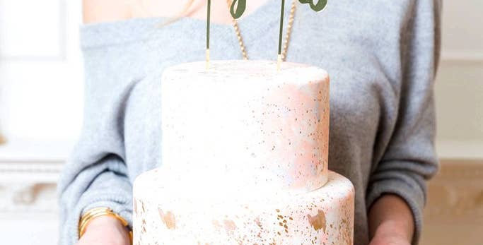 Congrats Gold-Mirrored Cake Topper - Harlow & Grey