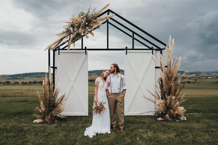 The-Barn-Styled-Shoot-Kelsey-Spratt-Phot