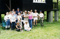 16 VOLUNTEERS WOODWALTON 2002