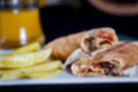 shawarma de carne ao prato ( com batata fri
