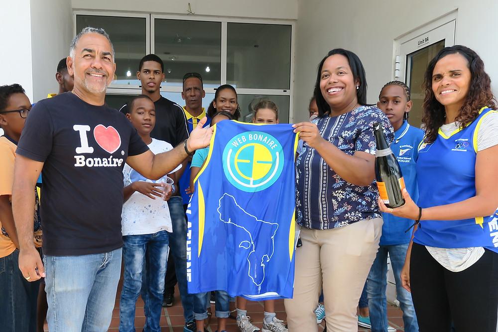 XpBonaire, IslandLife, Bonaire, News, Information, WEB, Uniforms