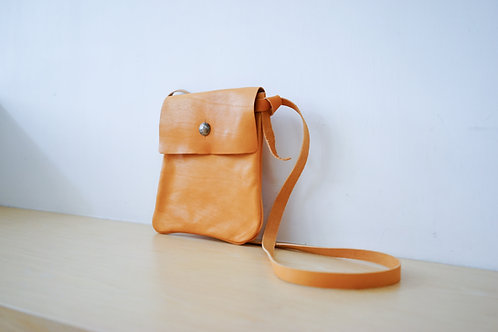 Medicine Leather Bag L - Natural