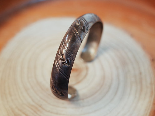 Vintage Navajo Bangle Type 71