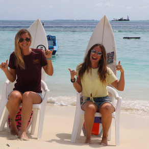 Kelly says surf aux Maldives