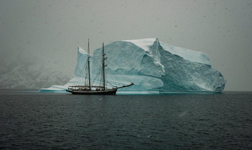 ICEBERG SHIP
