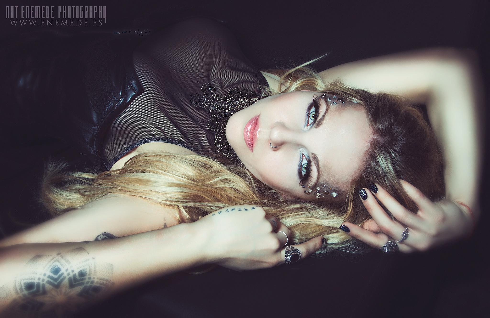 Kobra Paige