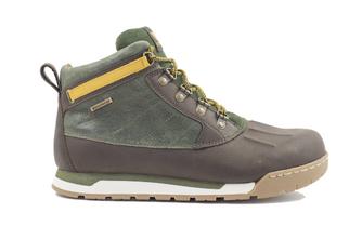 GearHaiku #334 Duck by Forsake Footwear