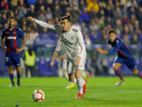 Gareth Bale penalty provides below-par Real Madrid win at Levante