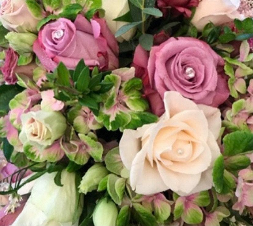 white rose flower arrangement_edited.jpg