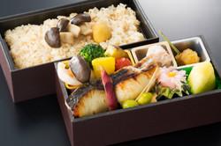 焼魚弁当(炊込ご飯)