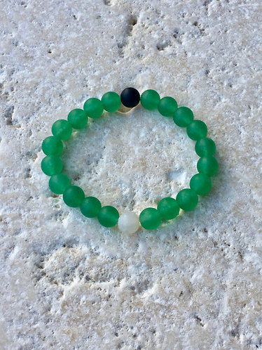 Jade with onyx and agate accents