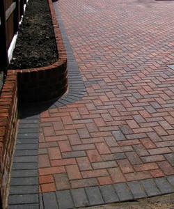 block-paving-front-garden