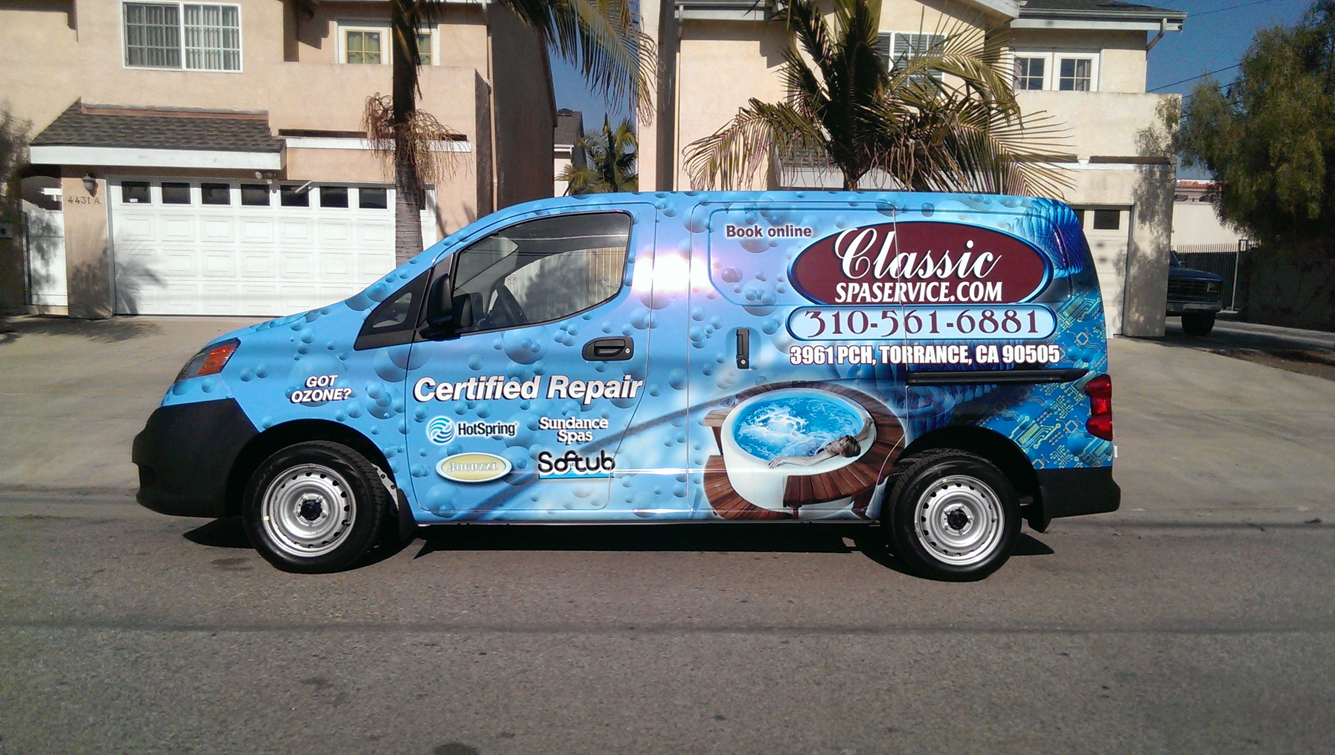 Custom nissan NV200 wrap