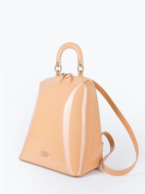 Бежевый рюкзак из плотной лаковой кожи KELLEN