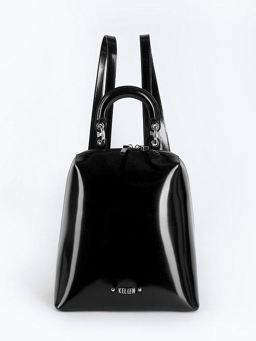 Черный рюкзак из плотной лаковой кожи KELLEN