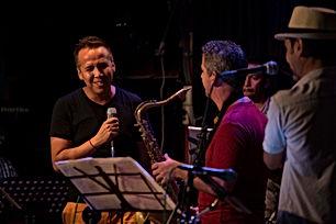 Sandro León Show en el Jazz Zone