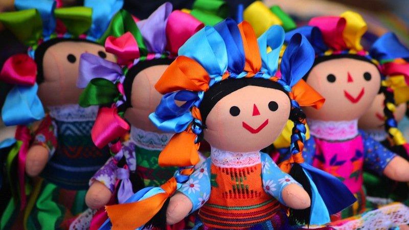 Muñecas artesanales de Amealco