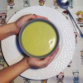 Sopa de espinacas alemana