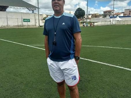 Técnico do Barcelona, Beto Oliveira fala sobre sua atuação no time