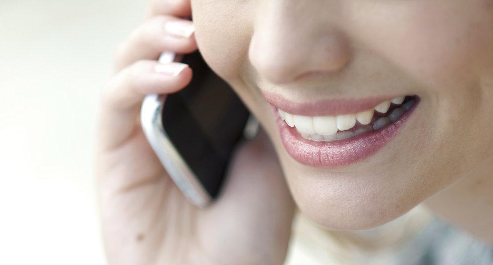 Talking%20on%20phones_edited.jpg