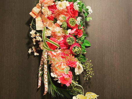 高級造花アーティフィシャルフラワーのリースです!東京都千代田区にて。