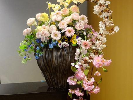 東京都心にて造花レンタル、生花装飾をお受けしています。