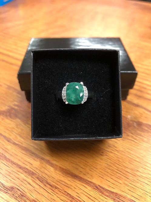 3.10ctw Emerald Ring, Size 7