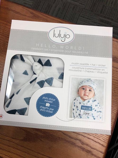 Lulujo Hello World Newborn Set
