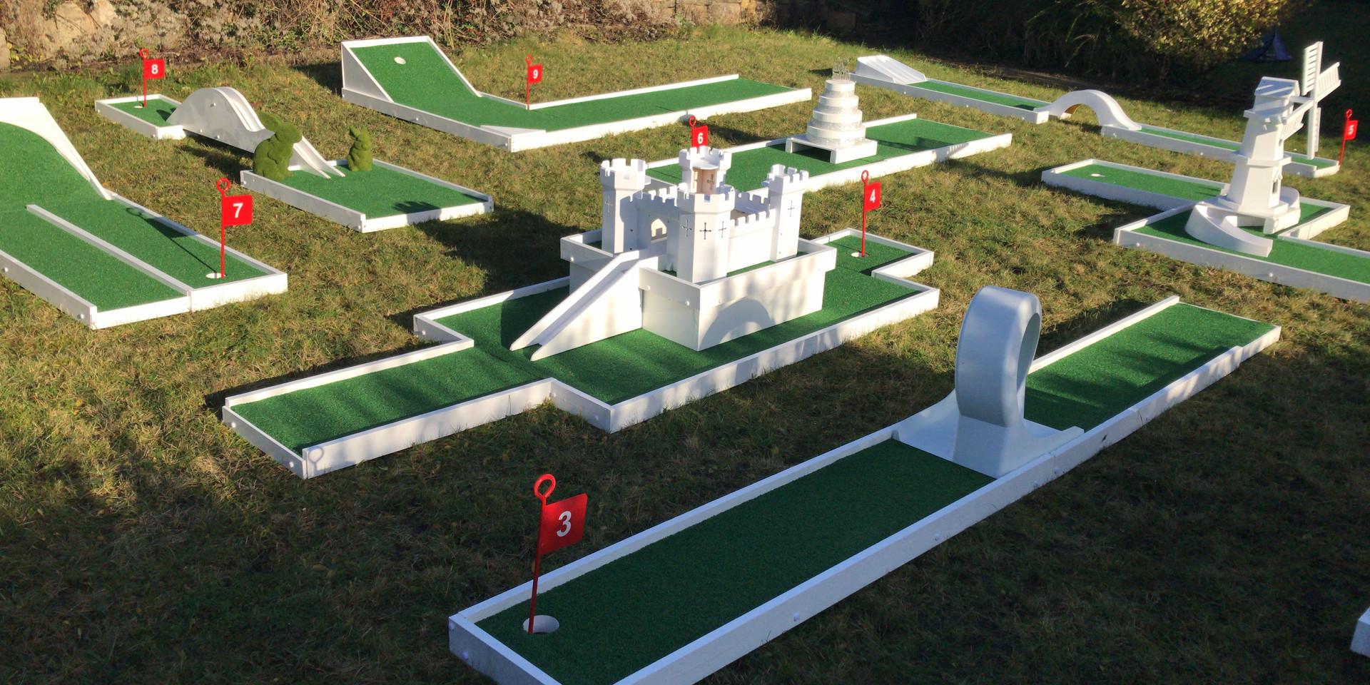 9 Hole Crazy Golf