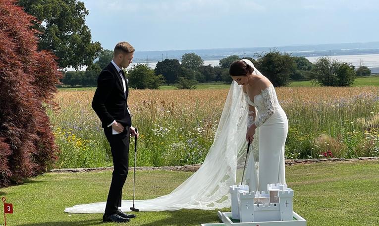 Bride & Groom Mini Golf