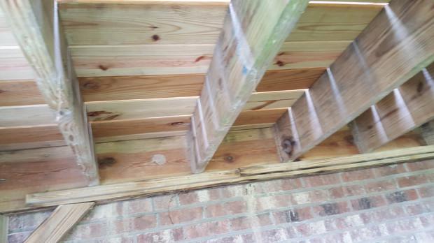 Deck in need of joist hangers_