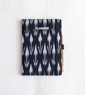 A5 Black&White Ikat Undated Planner Book