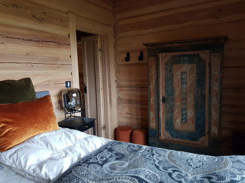 Bedroom w elevation bed