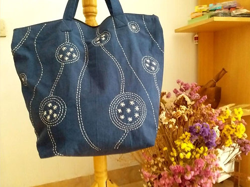 Embordery shouder bag,