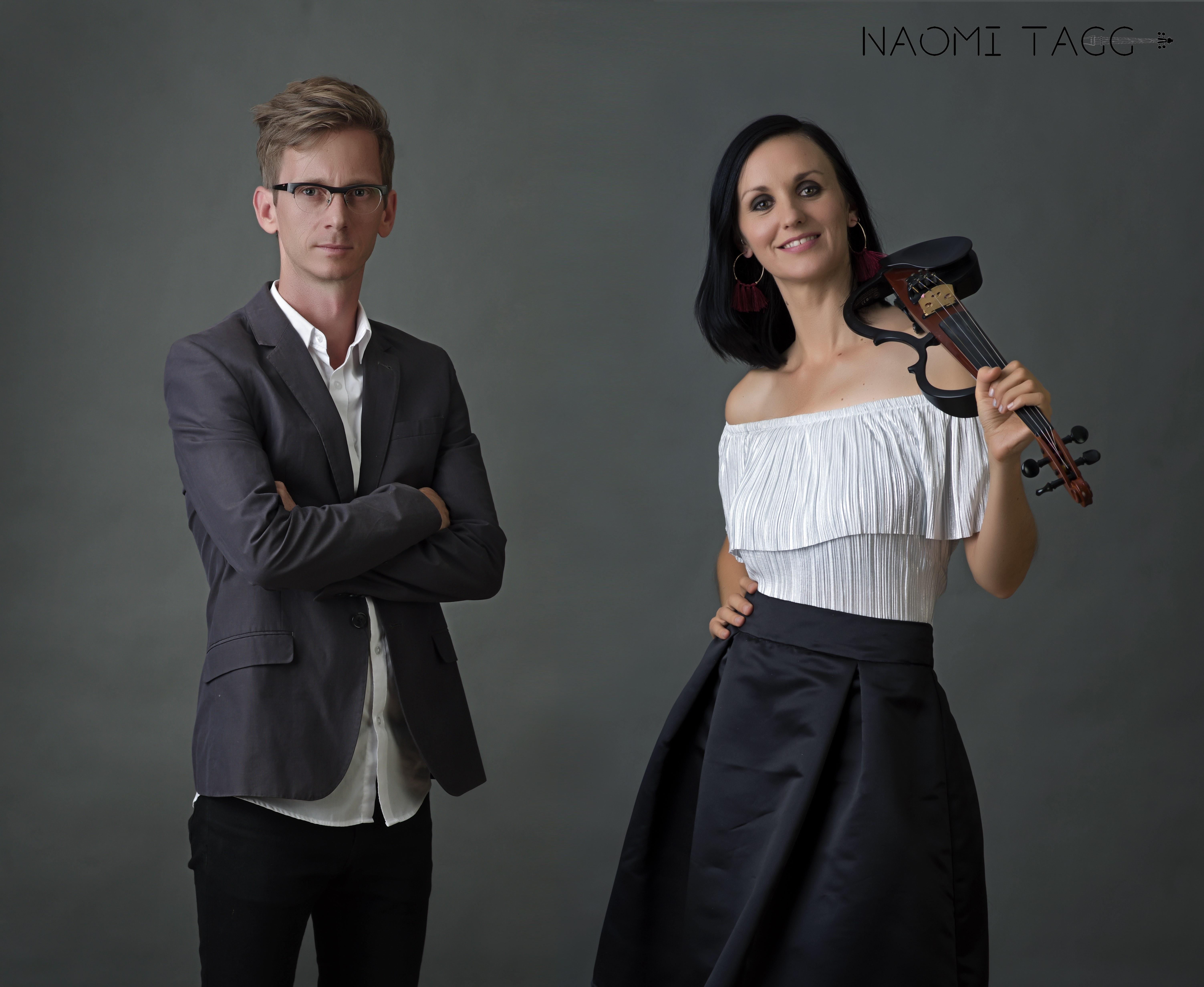 Tagg violin pop duo