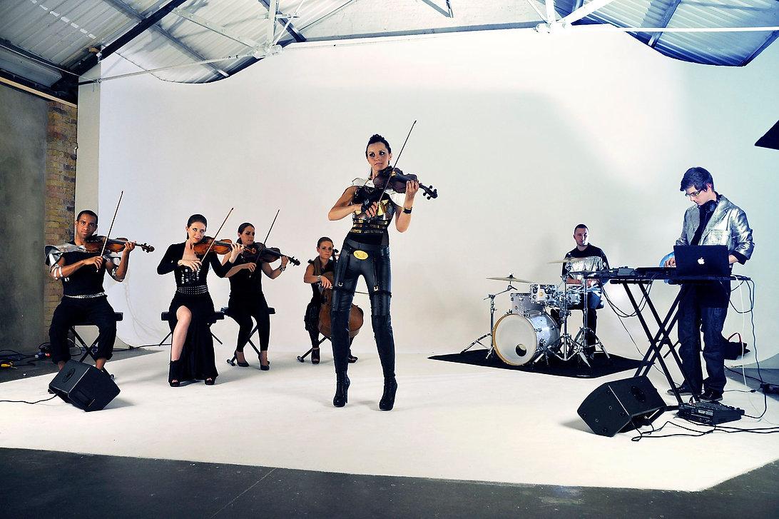 Naomi Tagg violin
