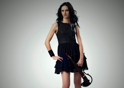 Naomi Tagg, electric violinist