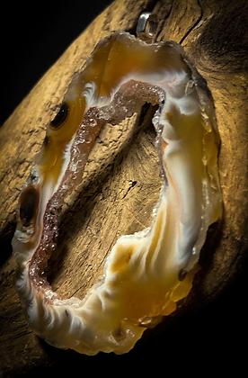 Large Oco/Ocho Geode Slice Silver Delicate Pendant