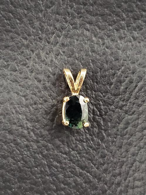14K Gold Sapphire Oval Cut Pendant Unique Color