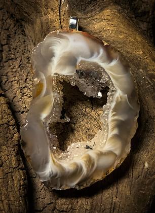Extra Small Oco/Ocho Geode Slice Silver Delicate Pendant