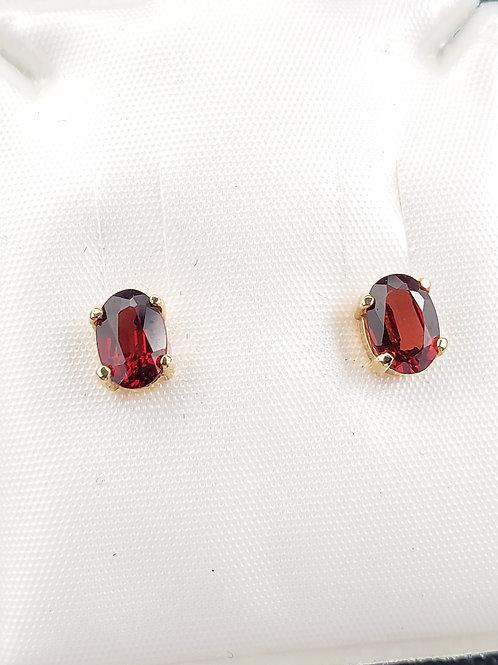 14k Gold Oval Cut Garnet Earrings 6x4mm