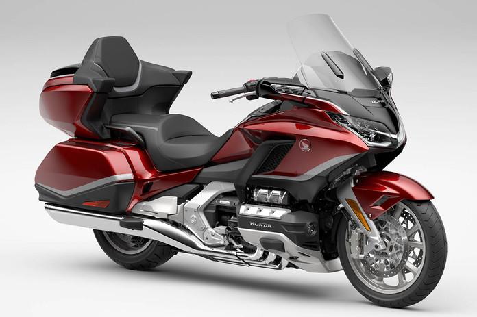 2021-Honda-Gold-Wing-Tour-Airbag-Automat